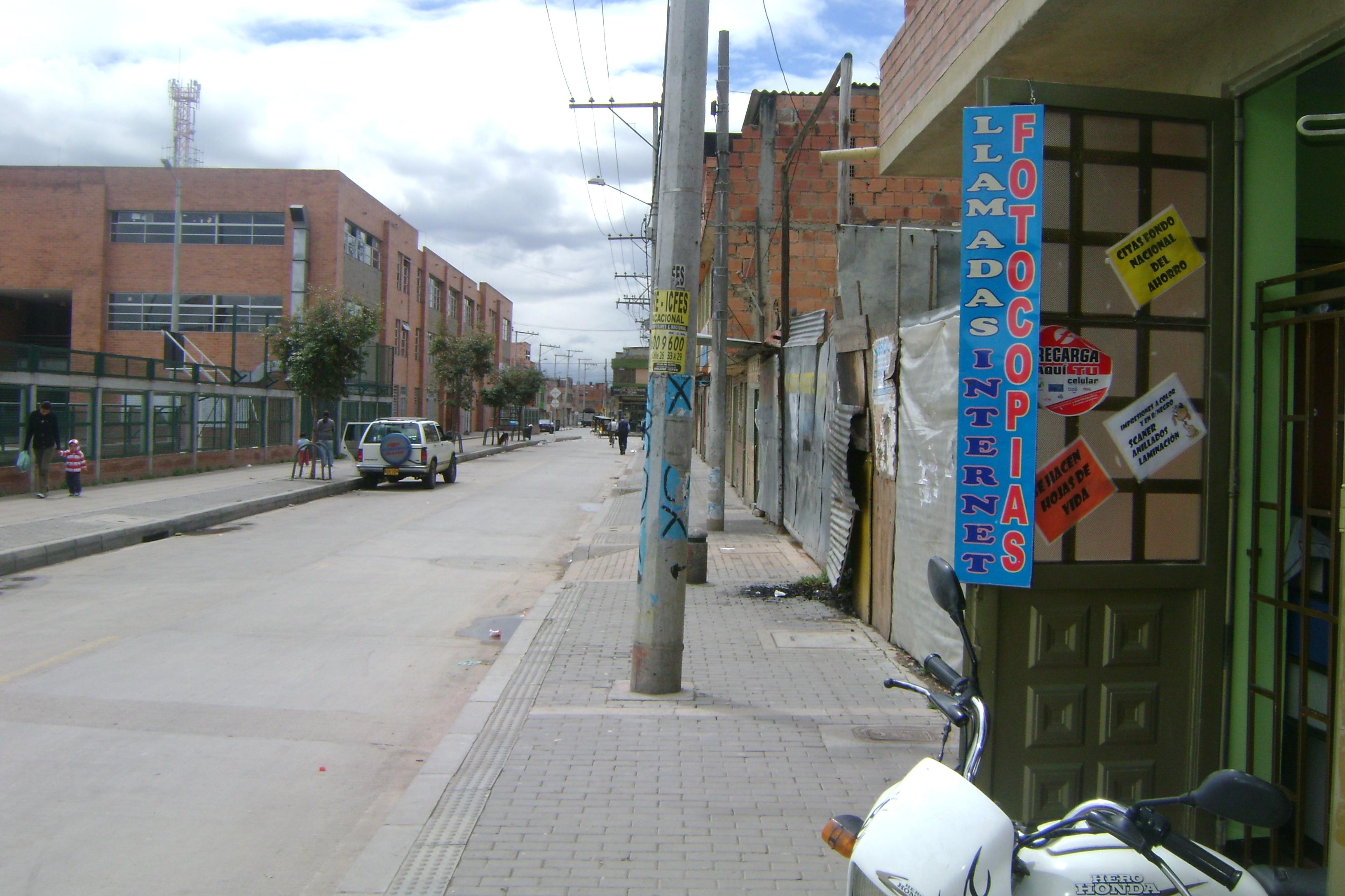 Barrio dindalito patio bonito al dia nuestro informativo for Patio bonito