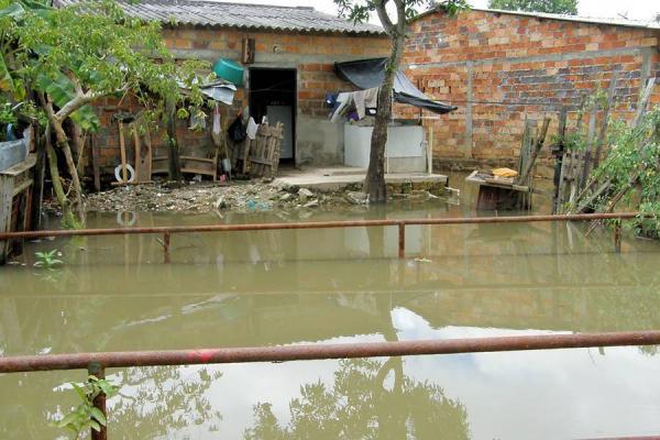 Inundados patio bonito al dia nuestro informativo for Patio bonito