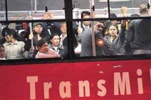 Operadores de Transmilenio culpan del caos a Petro y niegan que se estén enriqueciendo