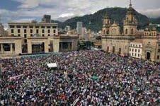 Movilización popular reclama un Nuevo Estado en Colombia