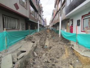 La comunidad denuncia que hay calles intervenidas conde no aparece un obrero en días