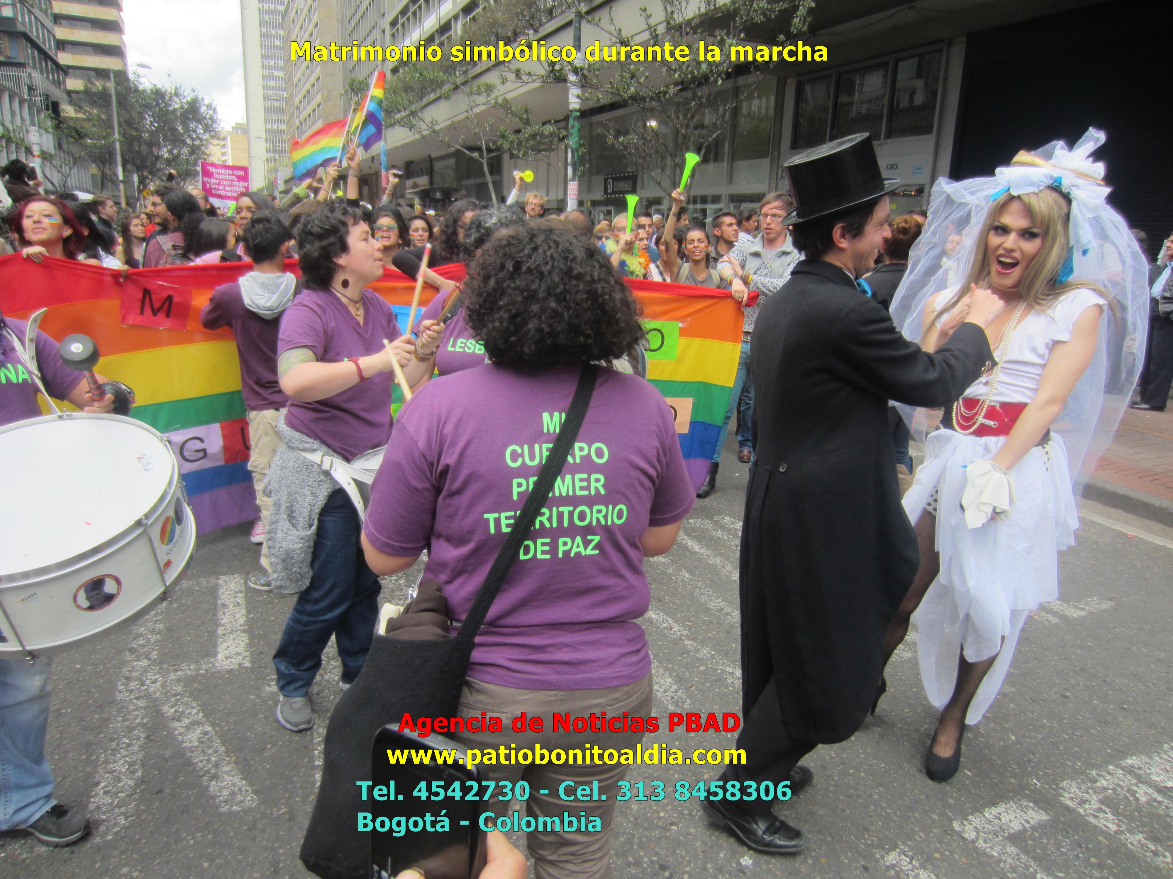 Matrimonio Simbolico Colombia : Comunidades lgbti marcharon en defensa de matrimonio
