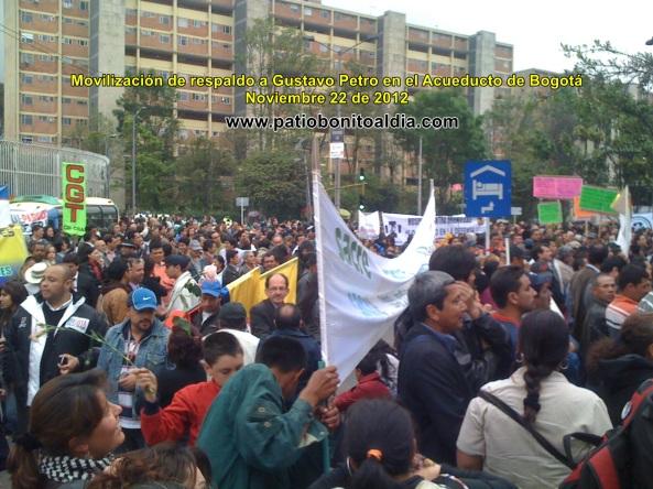 M{as de 5.000 bogotanos se movilizaron espontáneamente a respaldar a Gustavo Petro